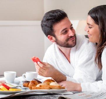 nocleg ze śniadaniem i obiadokolacją dla dwojga