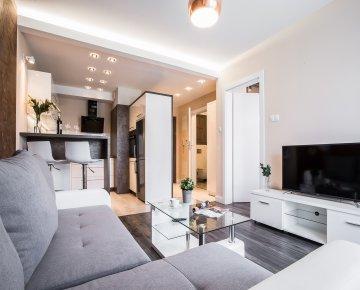 Apartament Deluxe z balkonem