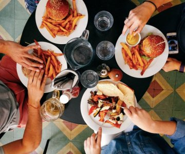 Bli med måltider