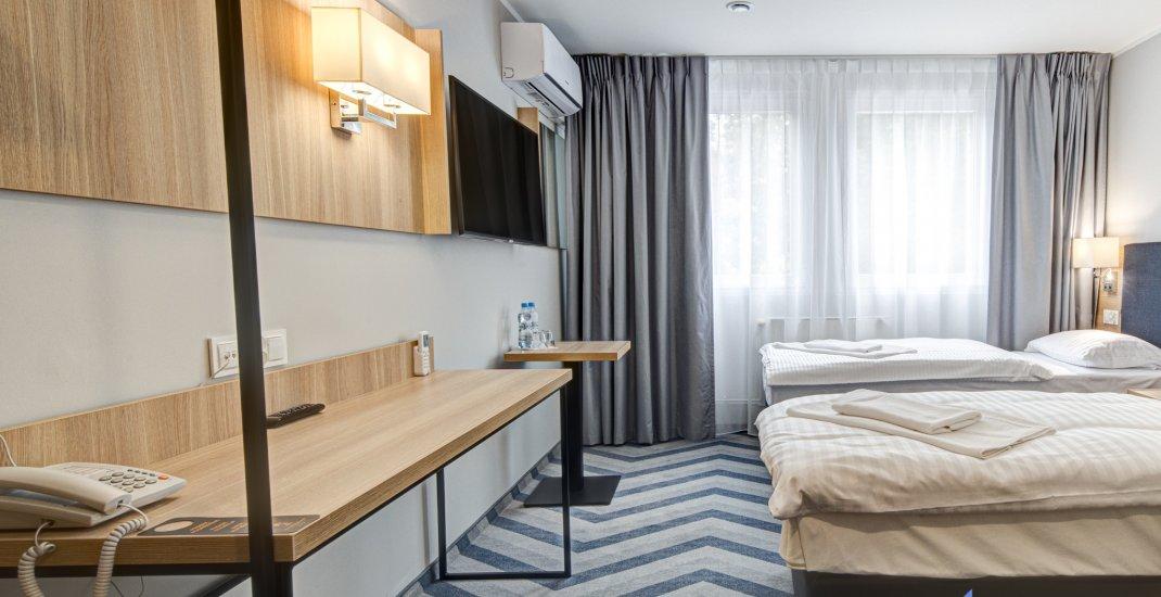 Pokój z 2 osobnymi łóżkami PLUS