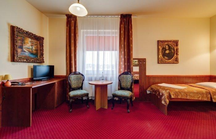 Pokój z dwoma osobnymi łóżkami