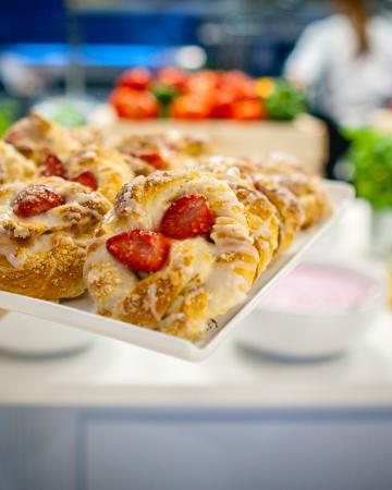Oferta Podstawowa - śniadanie w hotelowym stylu