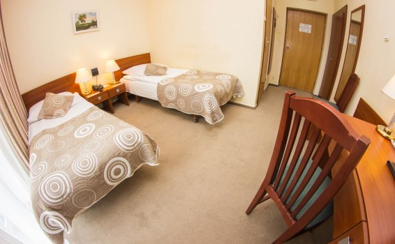 Pokój 2-osobowy Standard (2 łóżka) ***
