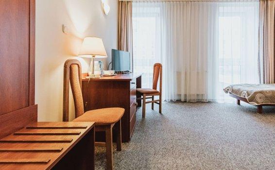 Single Standard Room***