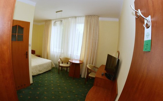 Single room***