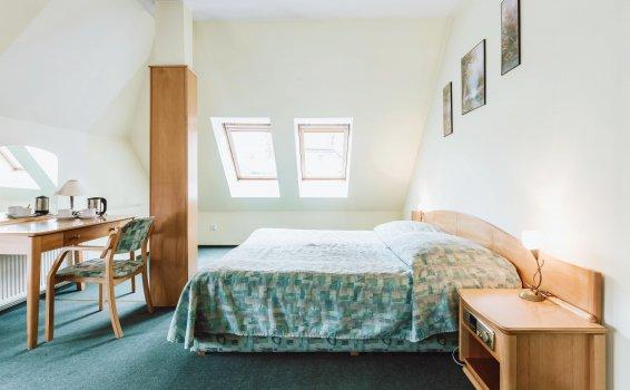 Pokój 2-osobowy STUDIO  (łóżko małżeńskie)