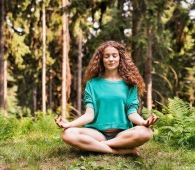 Przedłużamy wakacje - joga i fitness w sercu lasu (Akademia Ruchu)