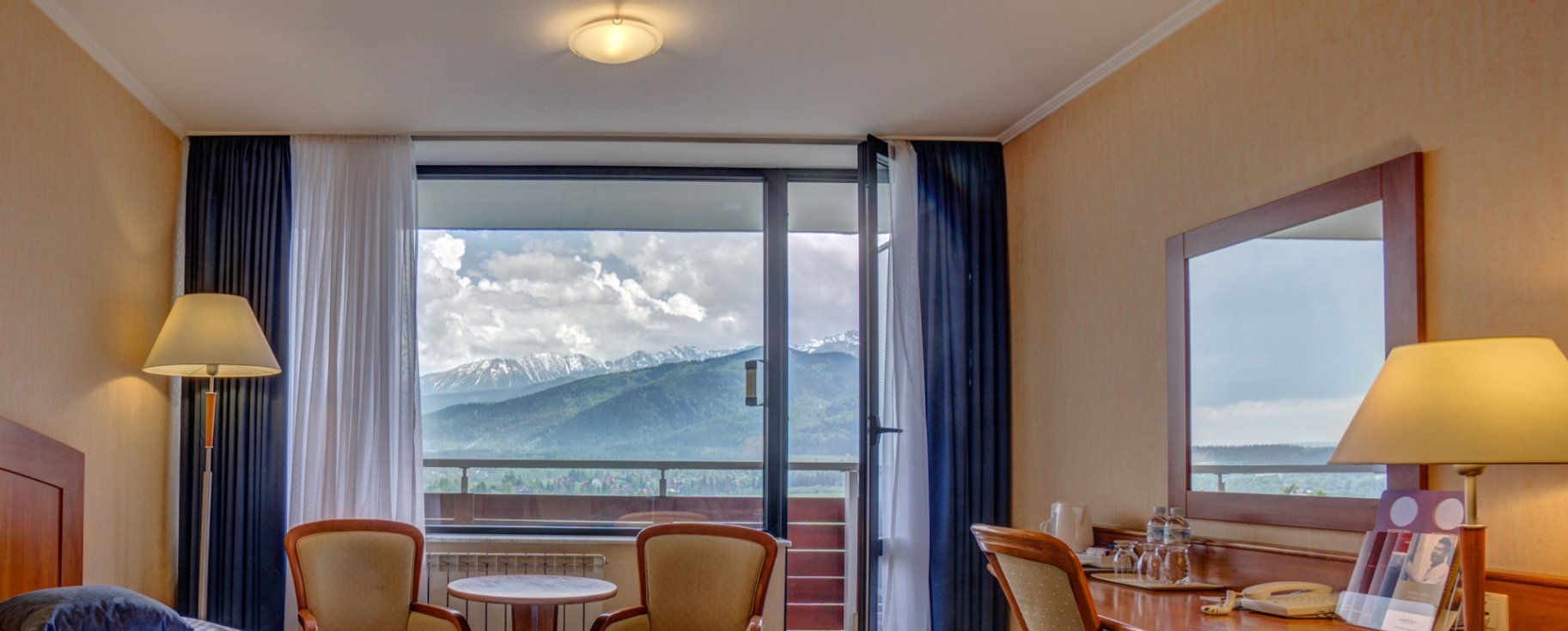 Superior Double with balcony overlooking the mountains