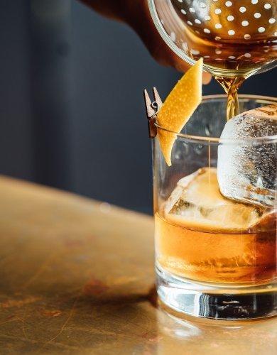 Tytoń z Whisky dla Prawdziwych Mężczyzn - pobyt w Apartamencie