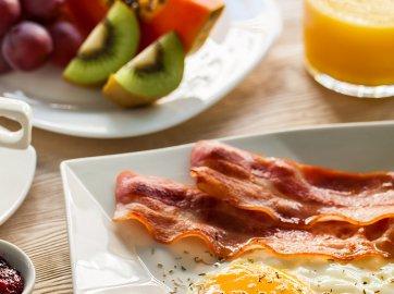 Last Minute ze śniadaniem