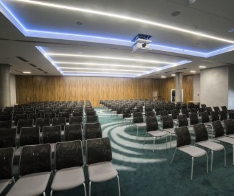 Conference room (FIN 1 )