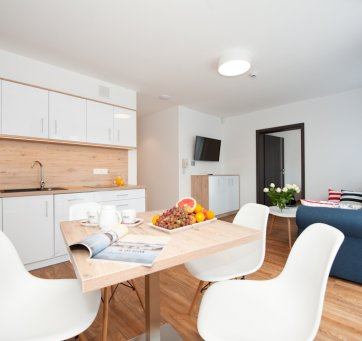 Apartment%20with%20kitchenette