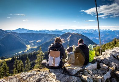 Rodzinne wakacje w górach,  dłużej - taniej!